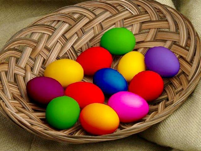 Colored-Eggs-3